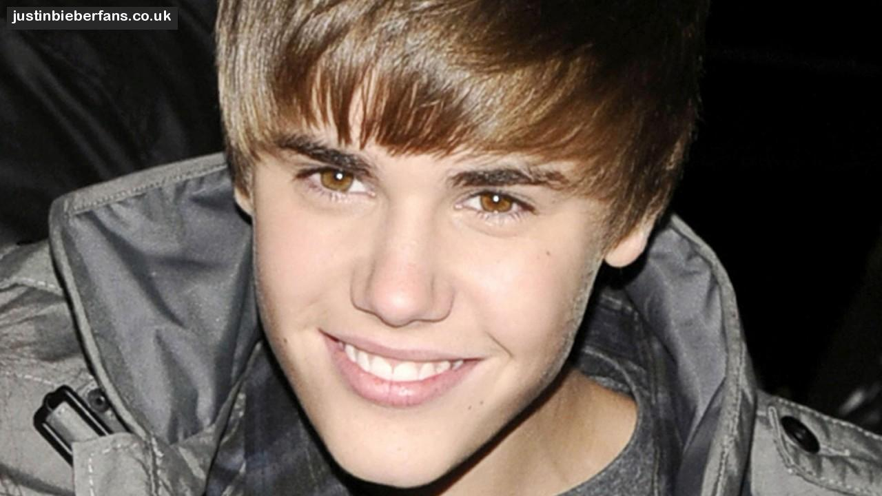 Justin Bieber | Justin Bieber Desktop Wallpaper Overallsite | Photos