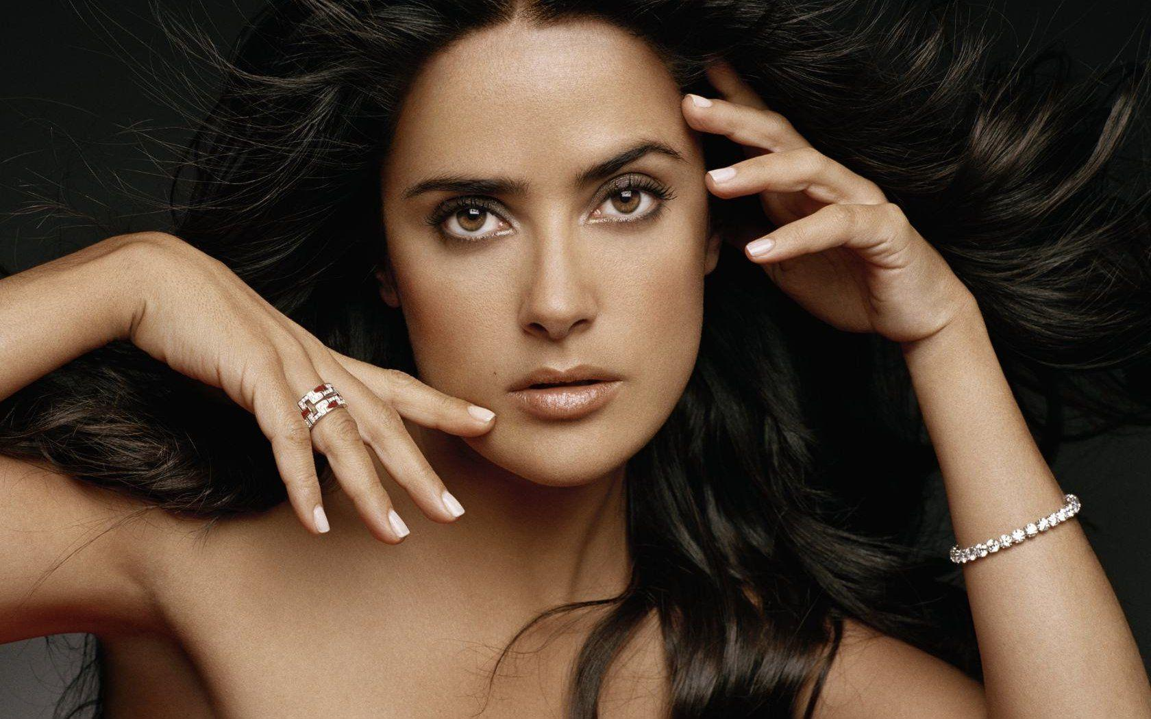 salma-hayek-wide-wallpaper | dellasandman