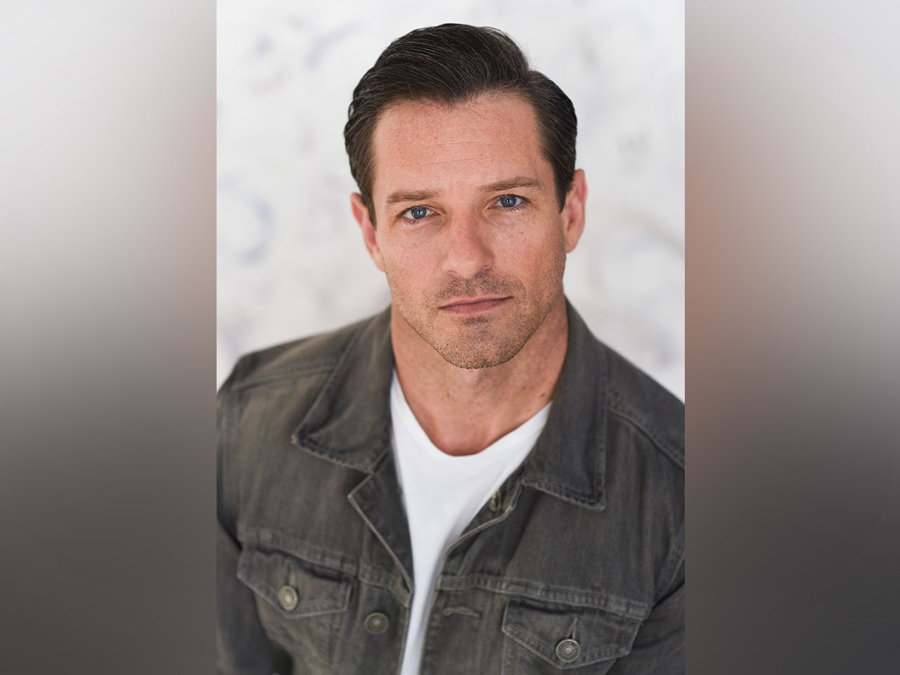 Photo Collection Images Ian Bohen