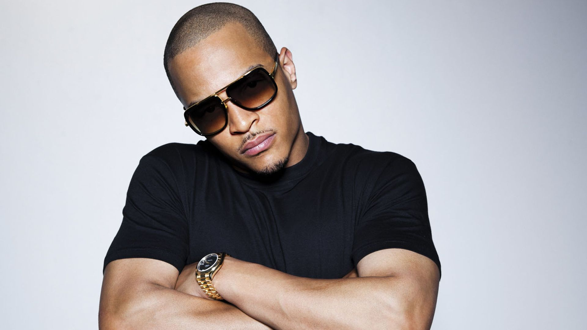 T.I. Speaks On Fight With Floyd Mayweather - Rap Basement