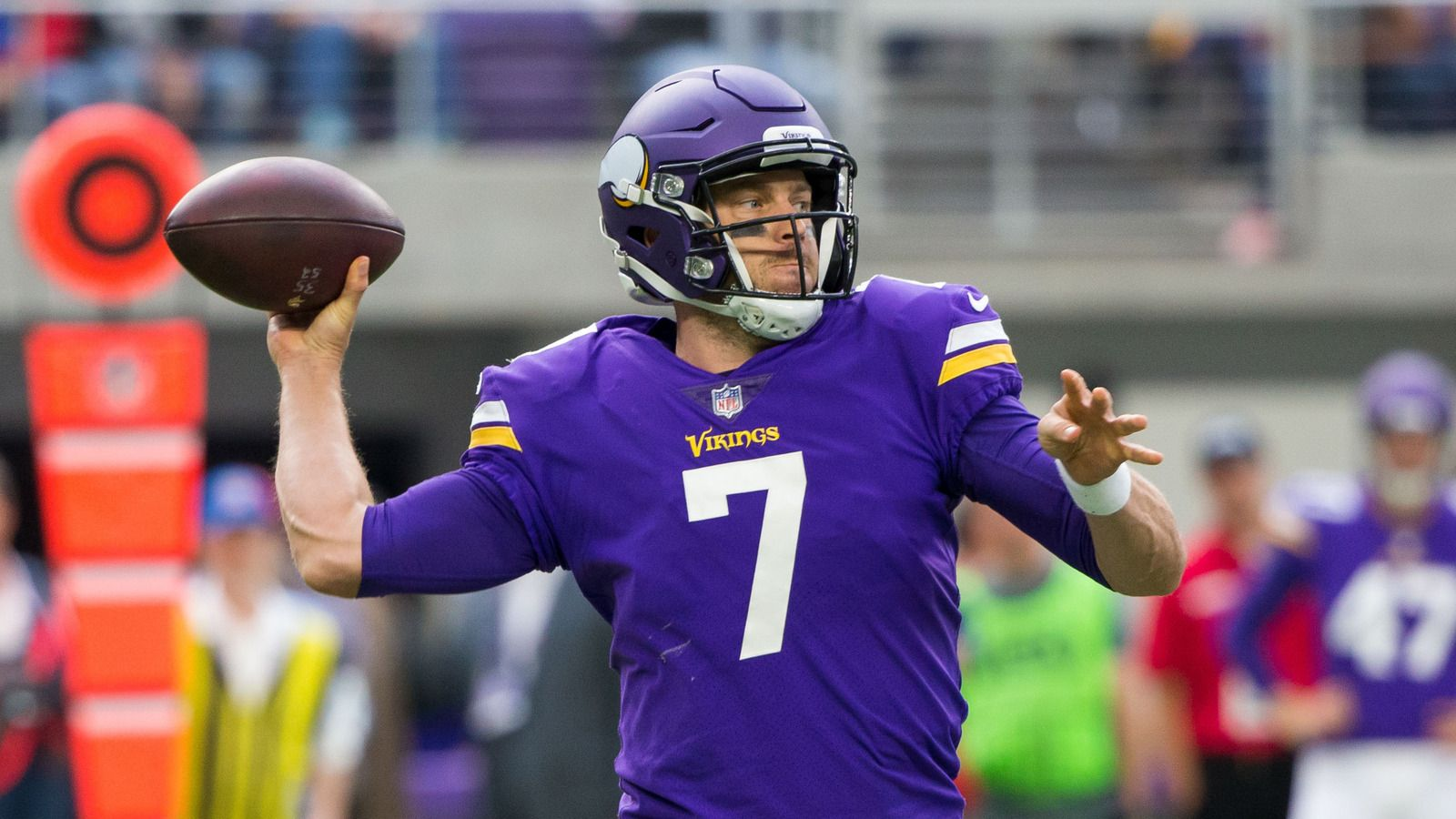 Case Keenum replaces Sam Bradford in second quarter against Bears ...