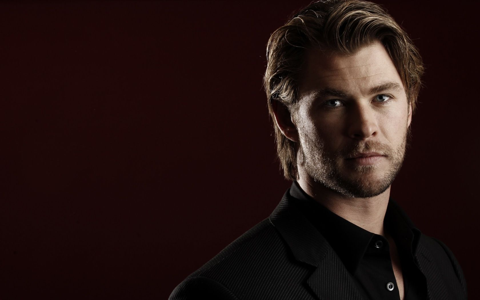 Chris Hemsworth HD wallpaper #770850