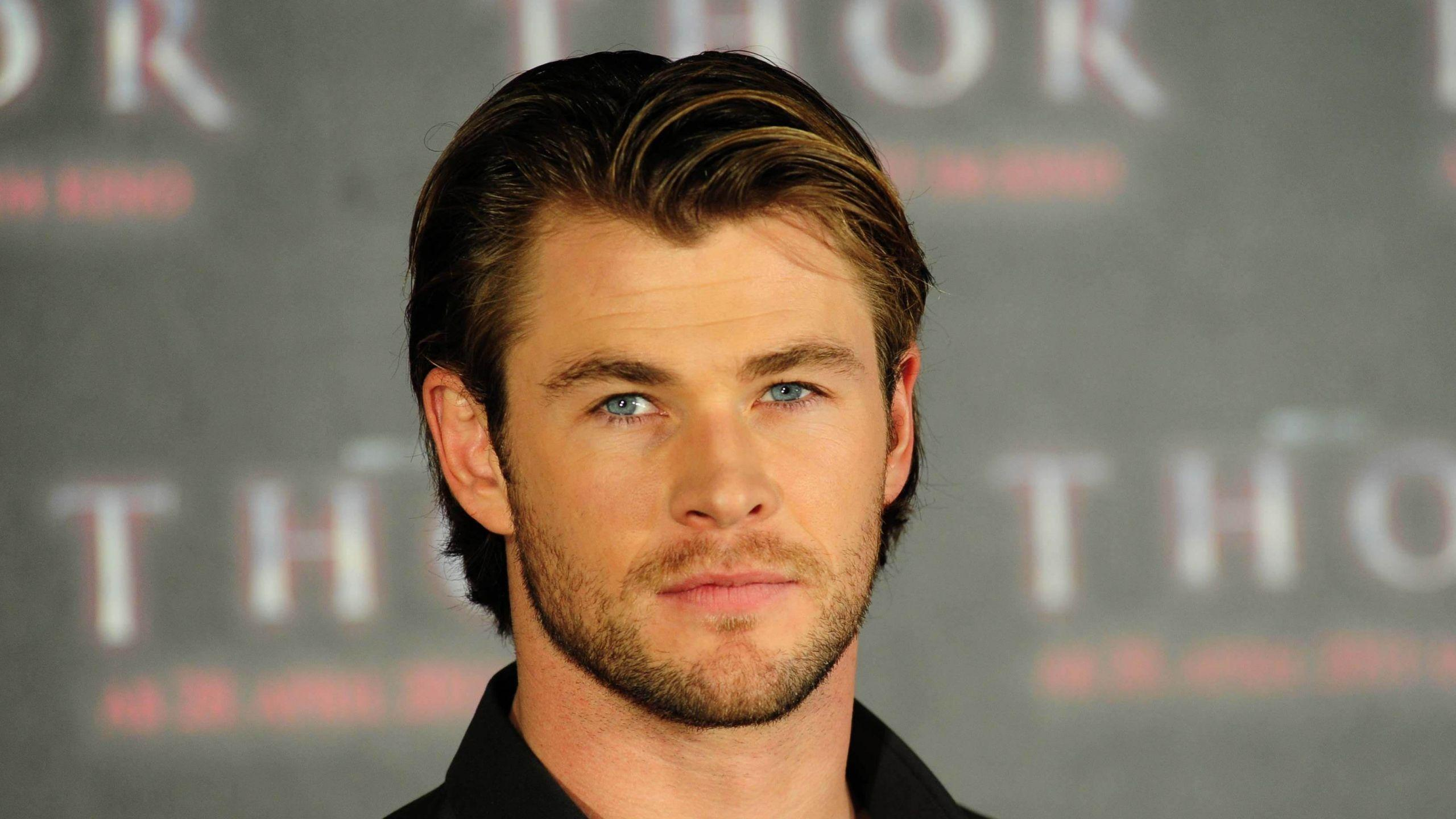 Chris Hemsworth HD Wallpapers Free Downloads