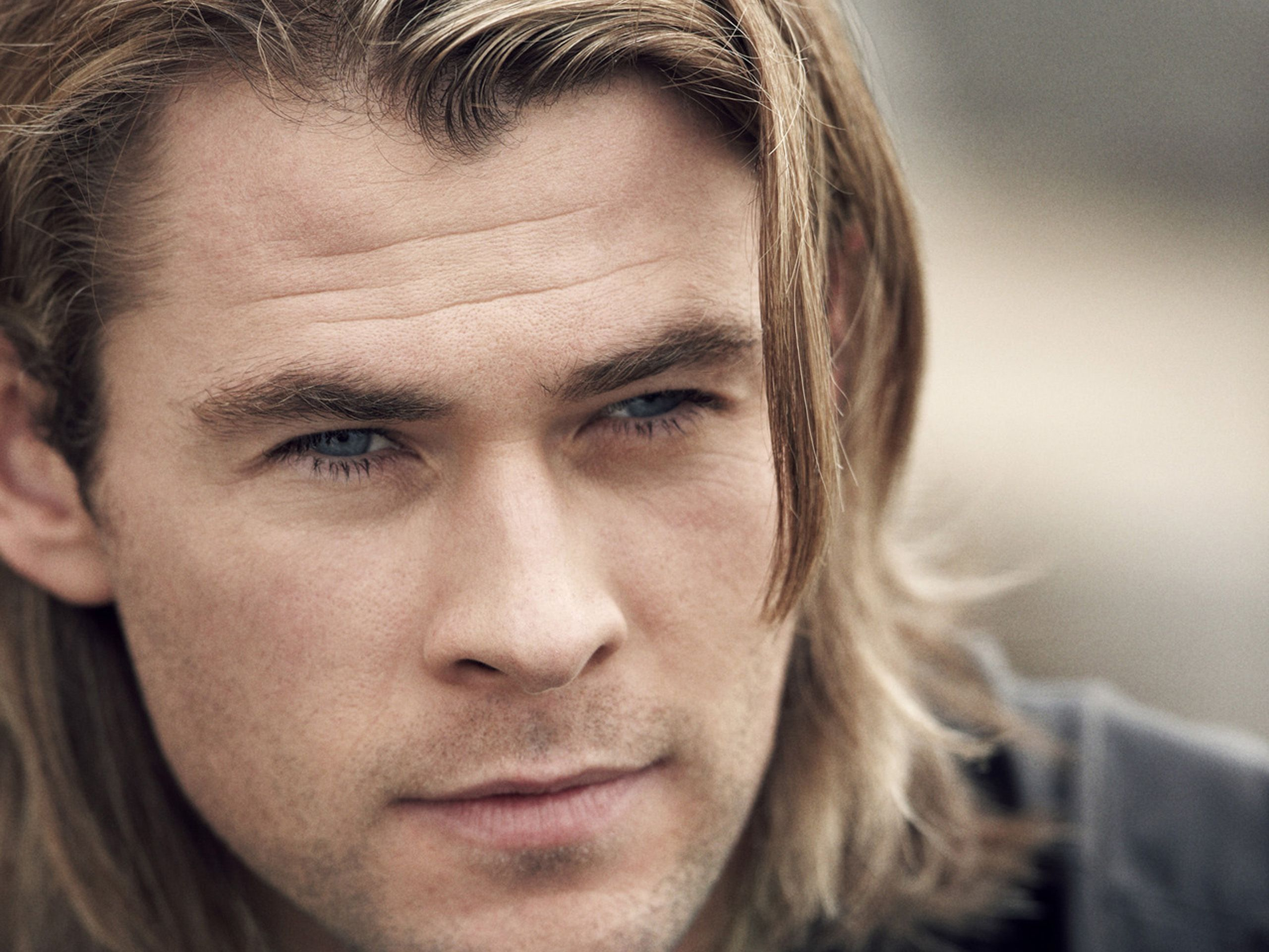 Chris Hemsworth wallpaper | 2560x1920 | #41736