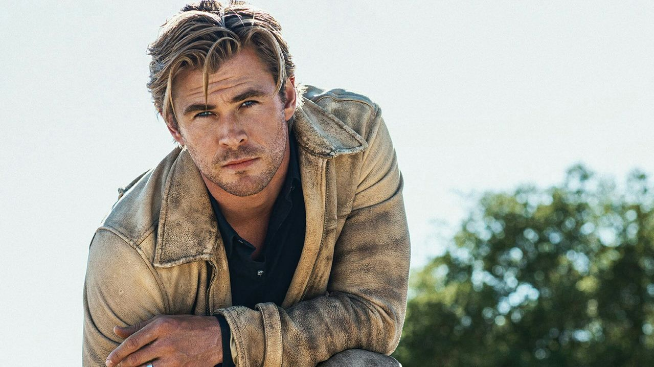 TOP 10 CHRIS HEMSWORTH LATEST WALLPAPERS | WallPD