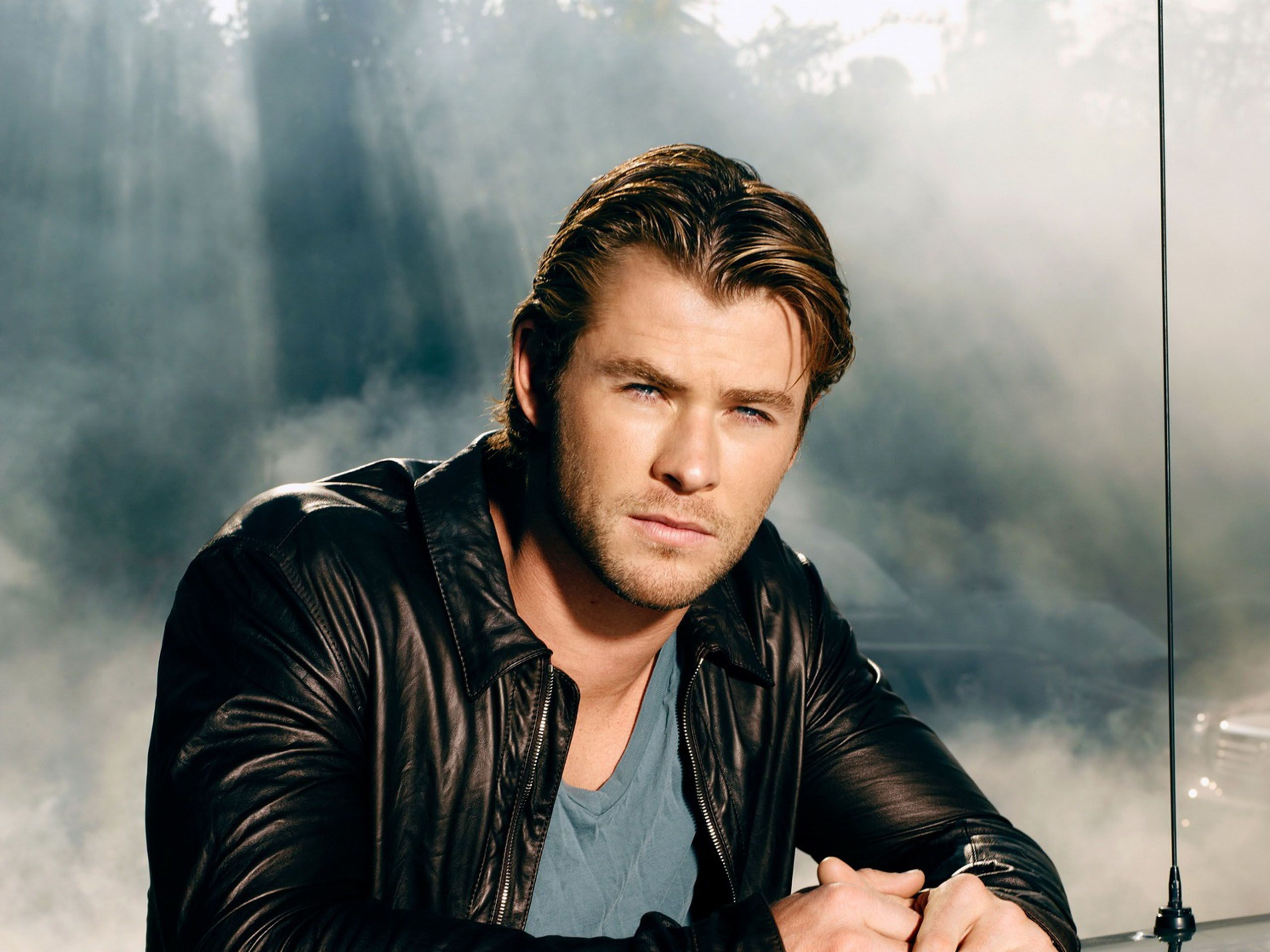 Chris-Hemsworth-036.jpg