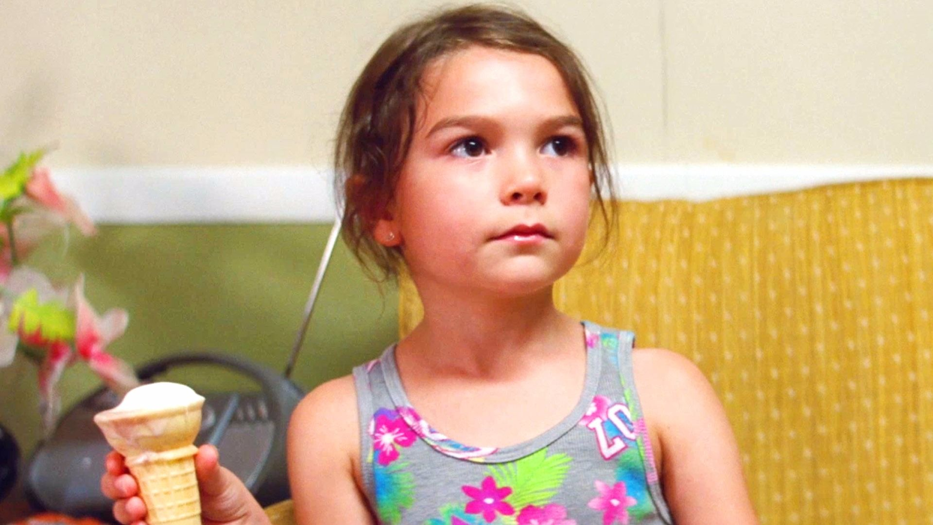 The Florida Project (2017) Movie Reviews - Critic Reviews and ...
