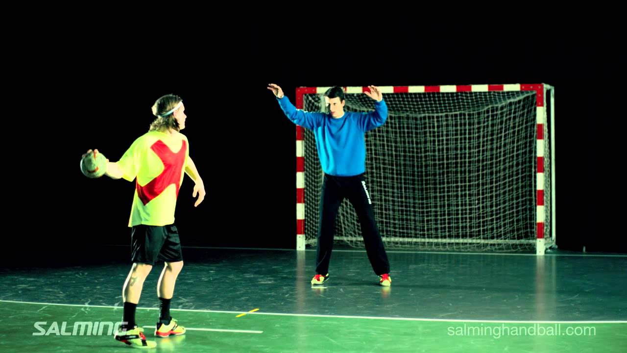 Salming Handball Goalkeeper - Save with supporting leg - YouTube