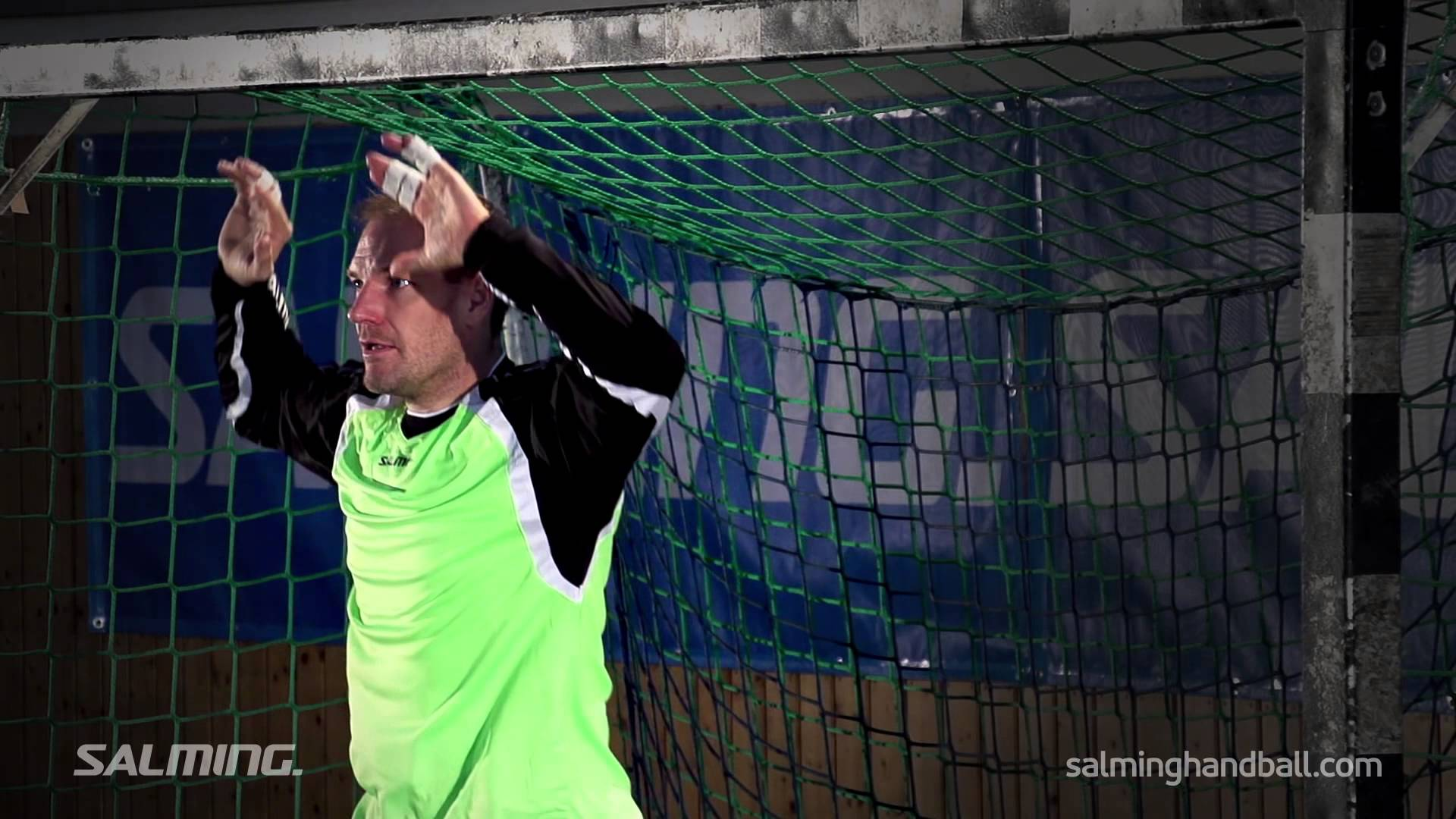 Salming Handball Academy - Goalie - Saving high shots - YouTube
