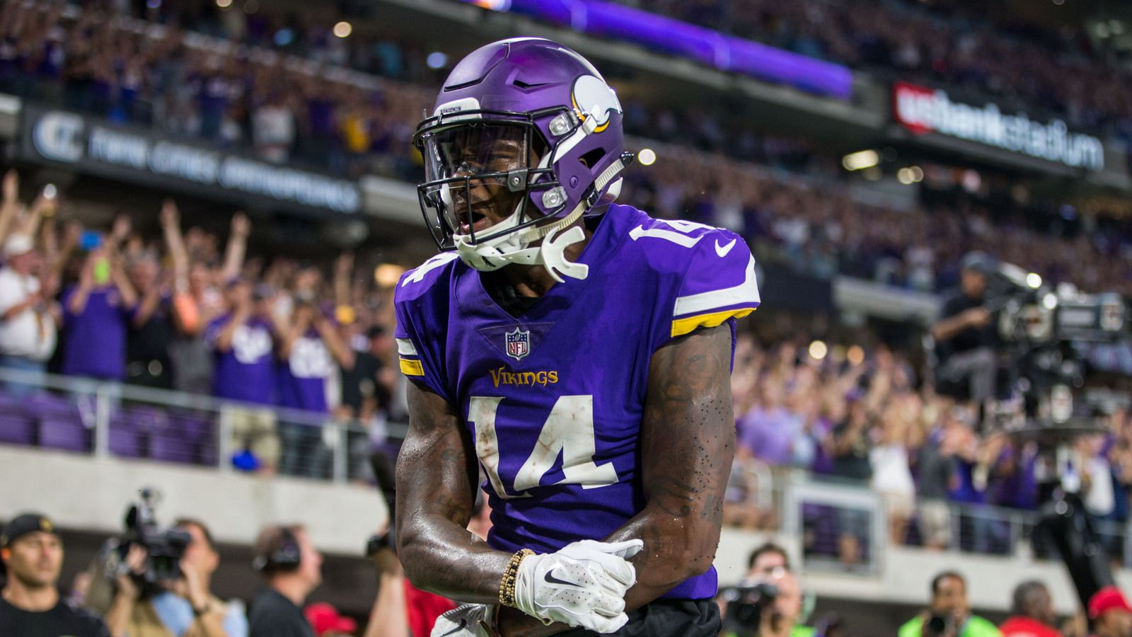 WATCH: Stefon Diggs punts ball into stands after contested TD ...