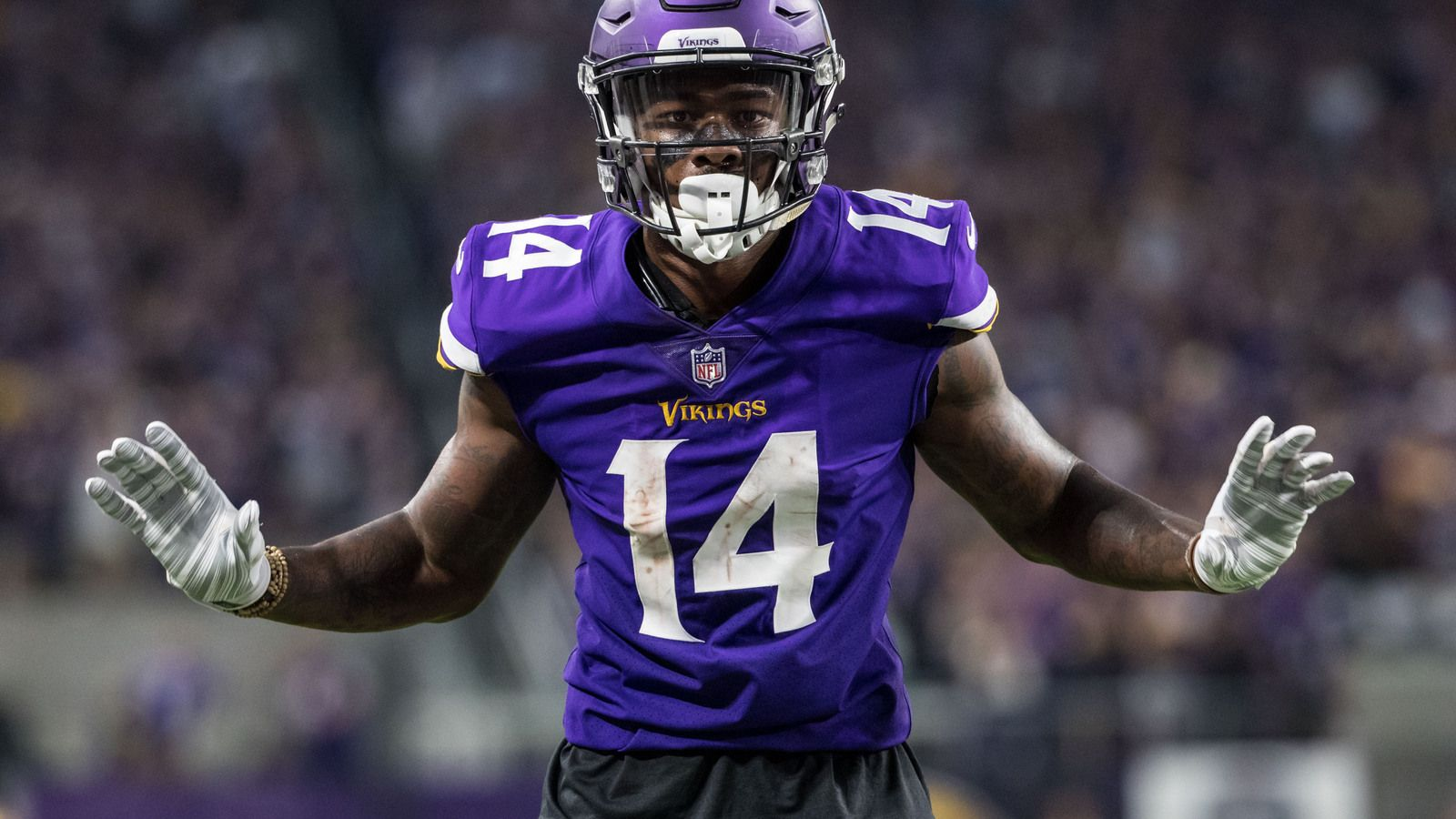 Stefon Diggs wins with 'Wheel of Fortune' cleats | Yardbarker.com