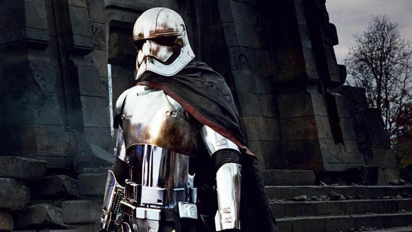17 Captain Phasma HD Wallpapers | Backgrounds - Wallpaper Abyss ...