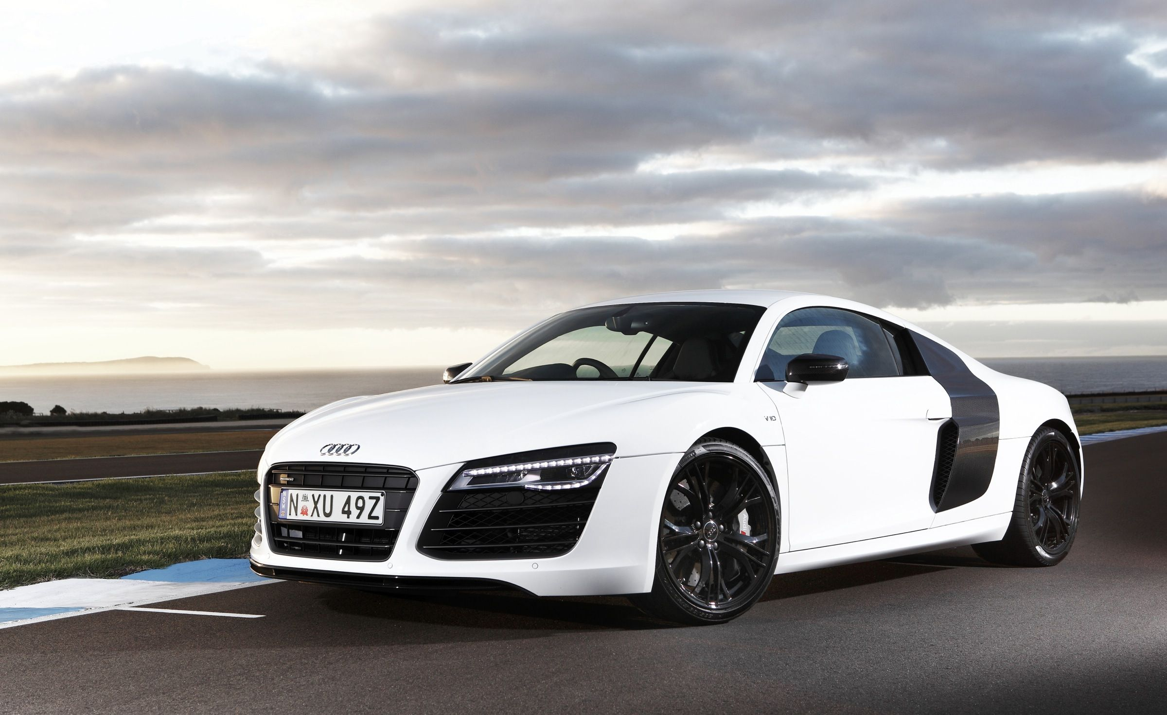 white audi r8 wallpapers hd - http://69hdwallpapers.com/white-audi ...