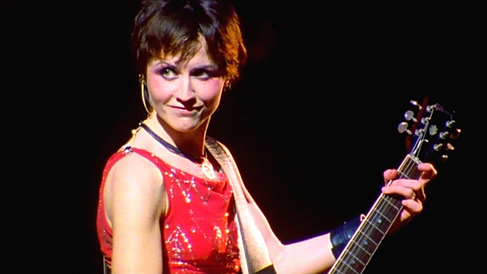 The Cranberries - Zombie 1999 Live Video - YouTube