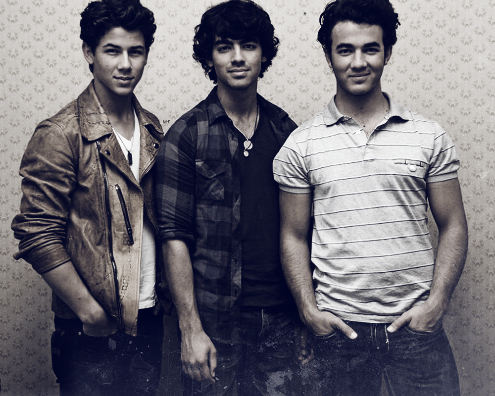 Jonas Brothers Lyrics, Songs, and Albums | Genius