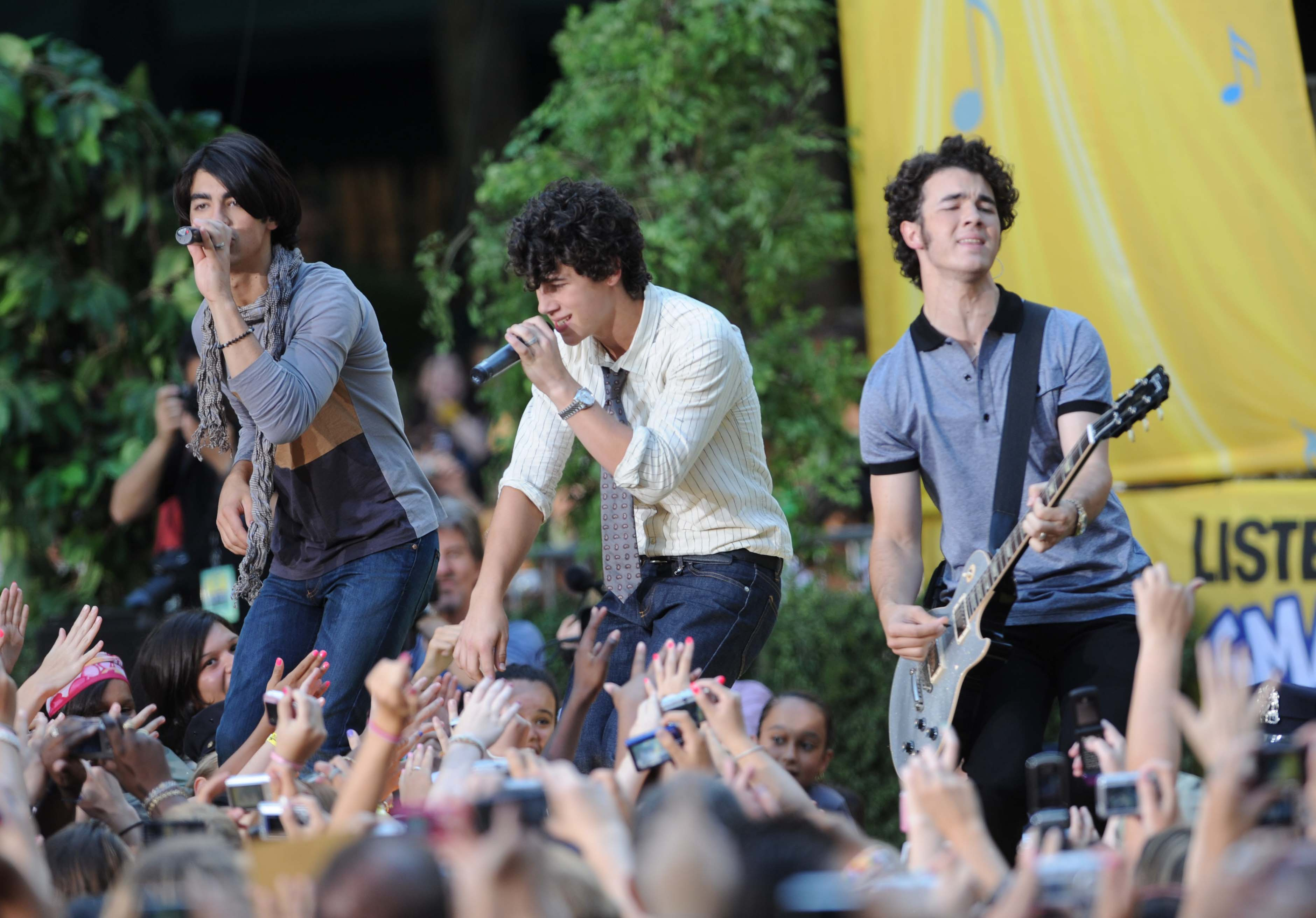 Jonas Brothers Photos, News, and Videos | Just Jared Jr.