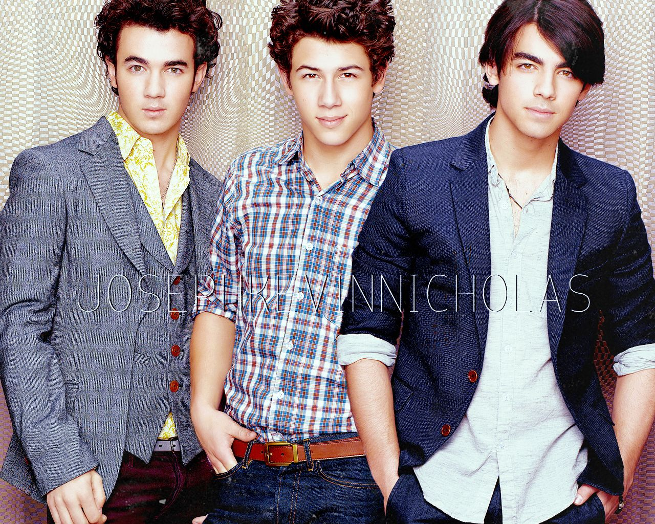 post the best pic of the jonas brothdr together - Jonas Brothers ...