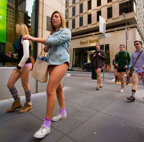 no pants subway 16 No pants subway ride 2012 (36 Photos)
