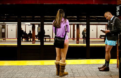 no pants subway 17 No pants subway ride 2012 (36 Photos)