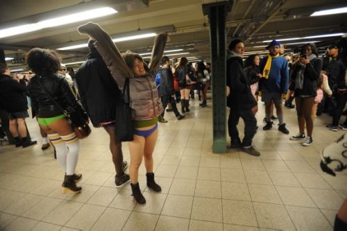 no pants subway 7 No pants subway ride 2012 (36 Photos)