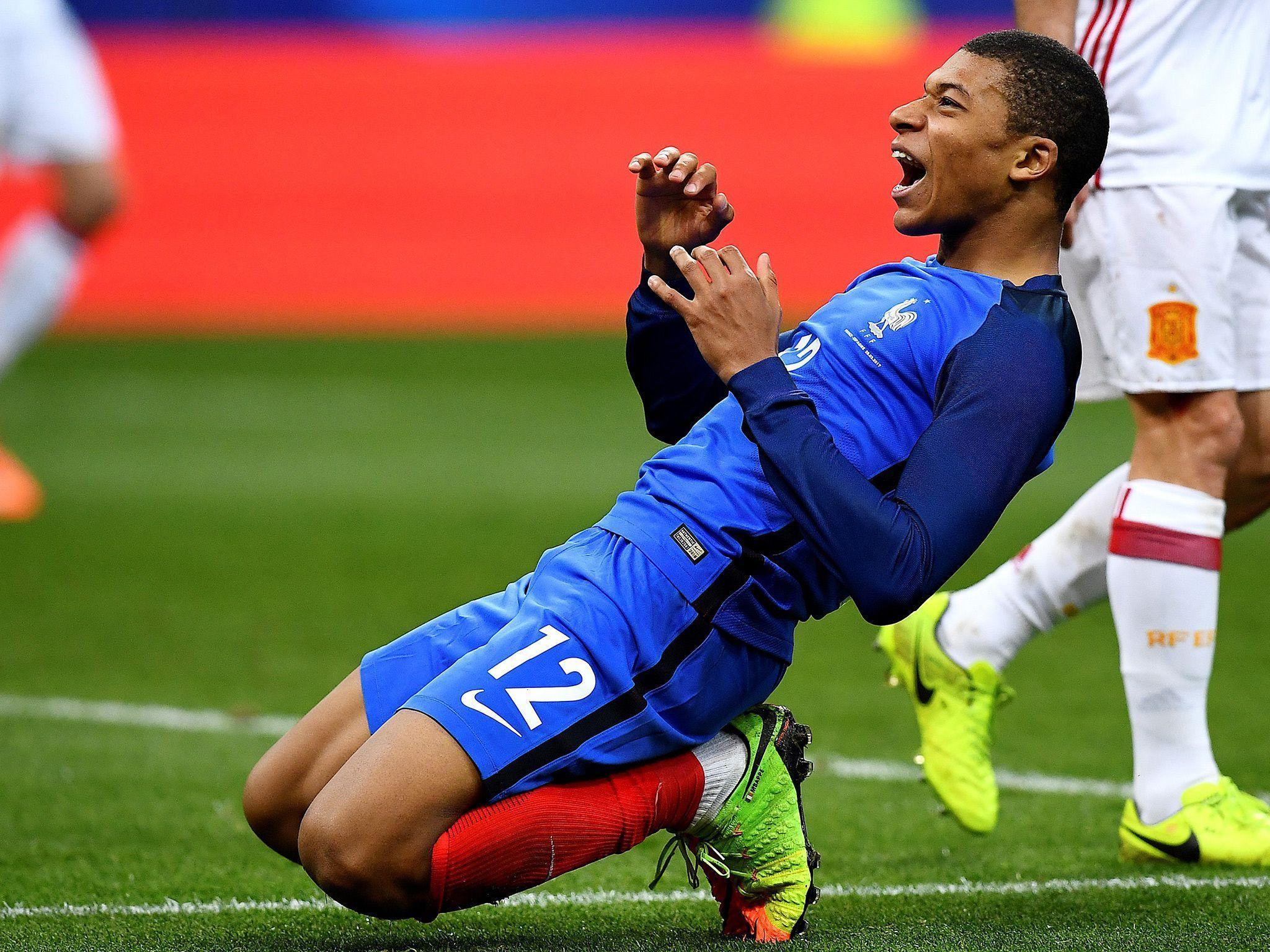 Kylian Mbappe looks right at home despite France's young guns going ...