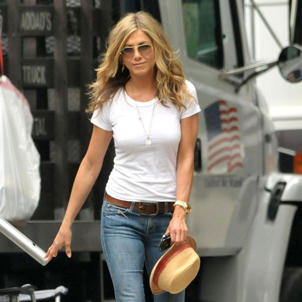 Jennifer Aniston's Street Style | POPSUGAR Fashion
