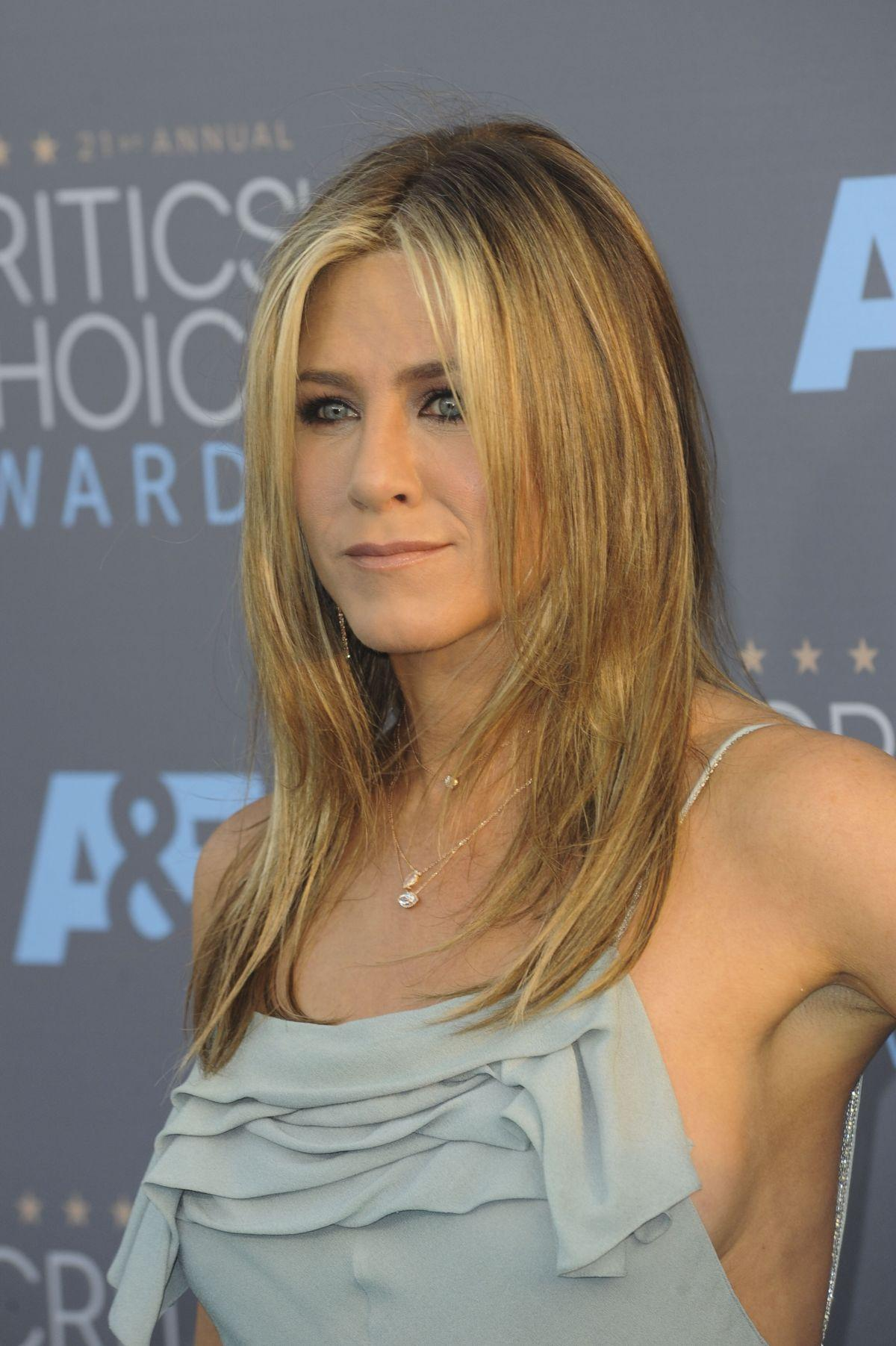 Jennifer Aniston Hair Color | tscelebs.com