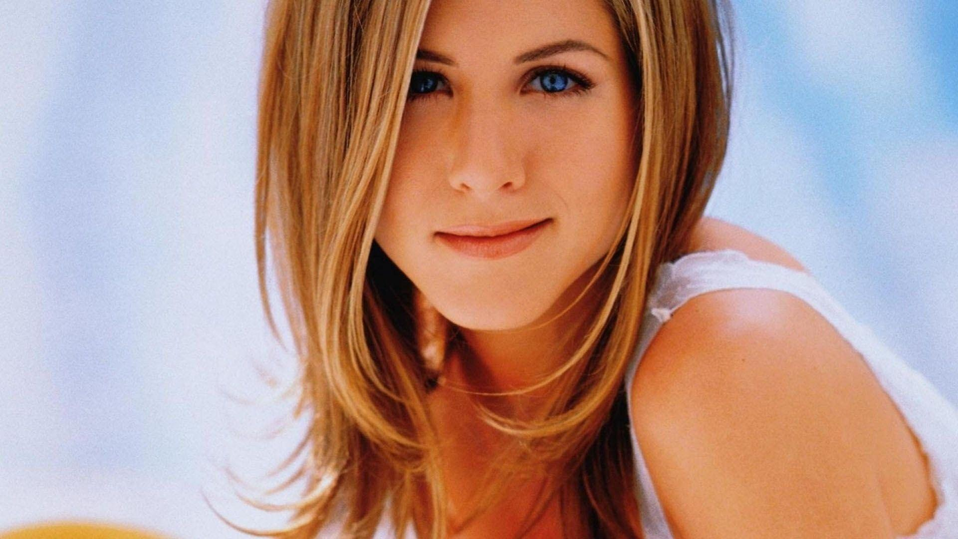 Jennifer Aniston Wallpapers | Free Download HD English Actress Images