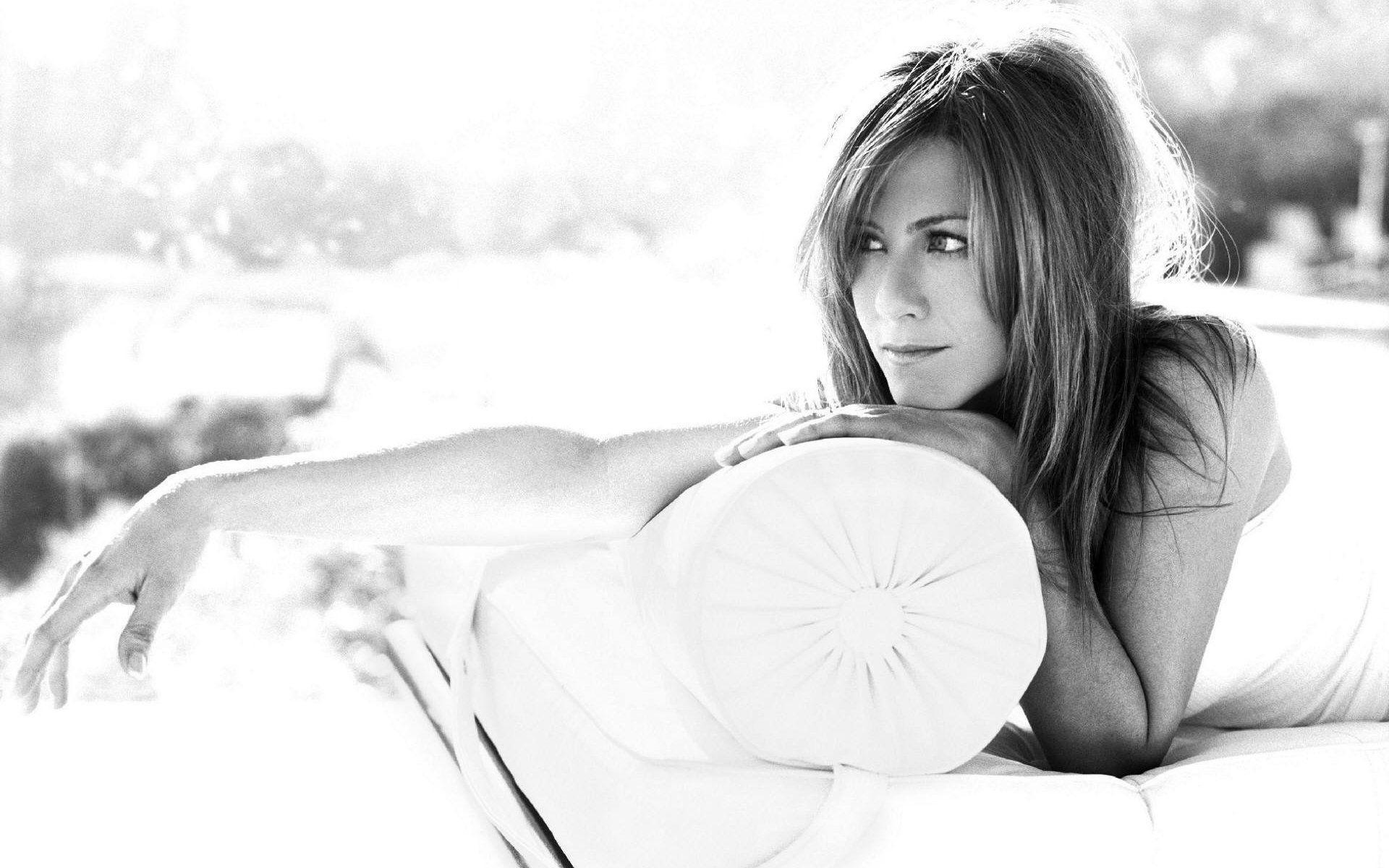 Jennifer Aniston HD Desktop Wallpapers | 7wallpapers.net