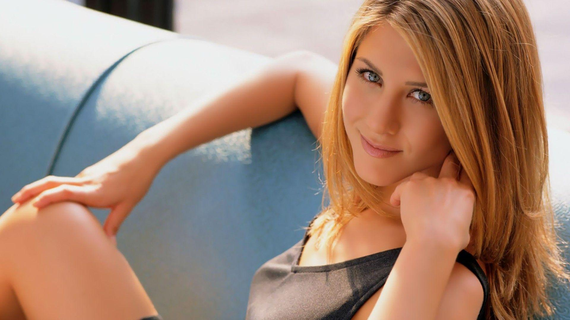15 Gorgeous HD Jennifer Aniston Wallpapers - HDWallSource.com