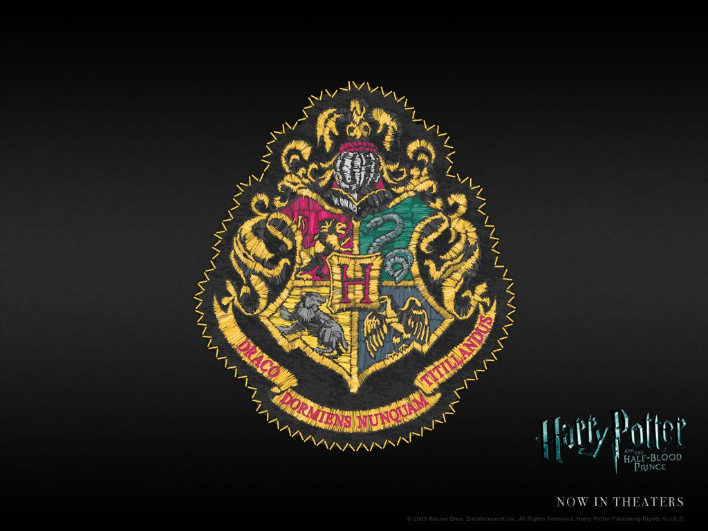 Free Harry Potter Wallpaper!