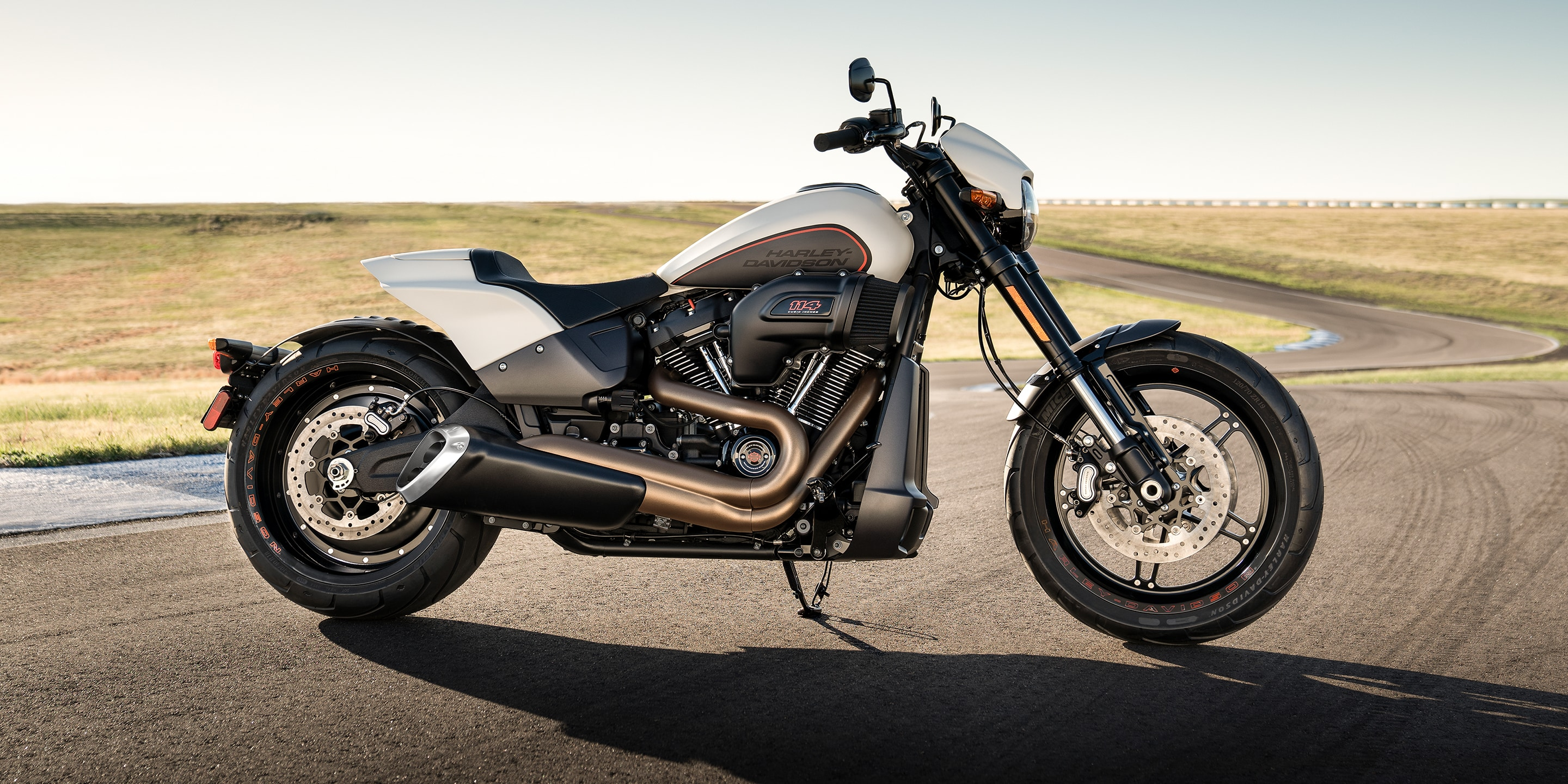 2019 FXDR Motorcycle