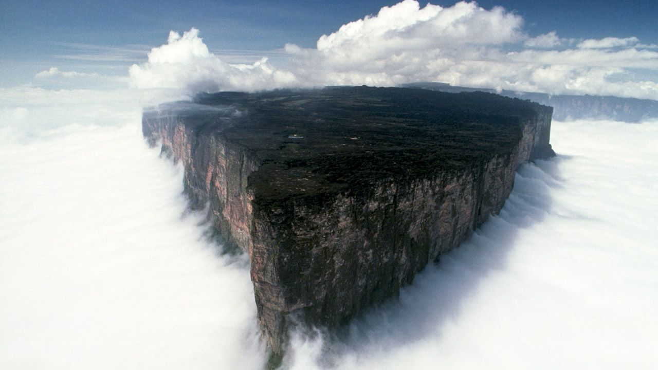 Amazing Mount Roraima Wallpapers