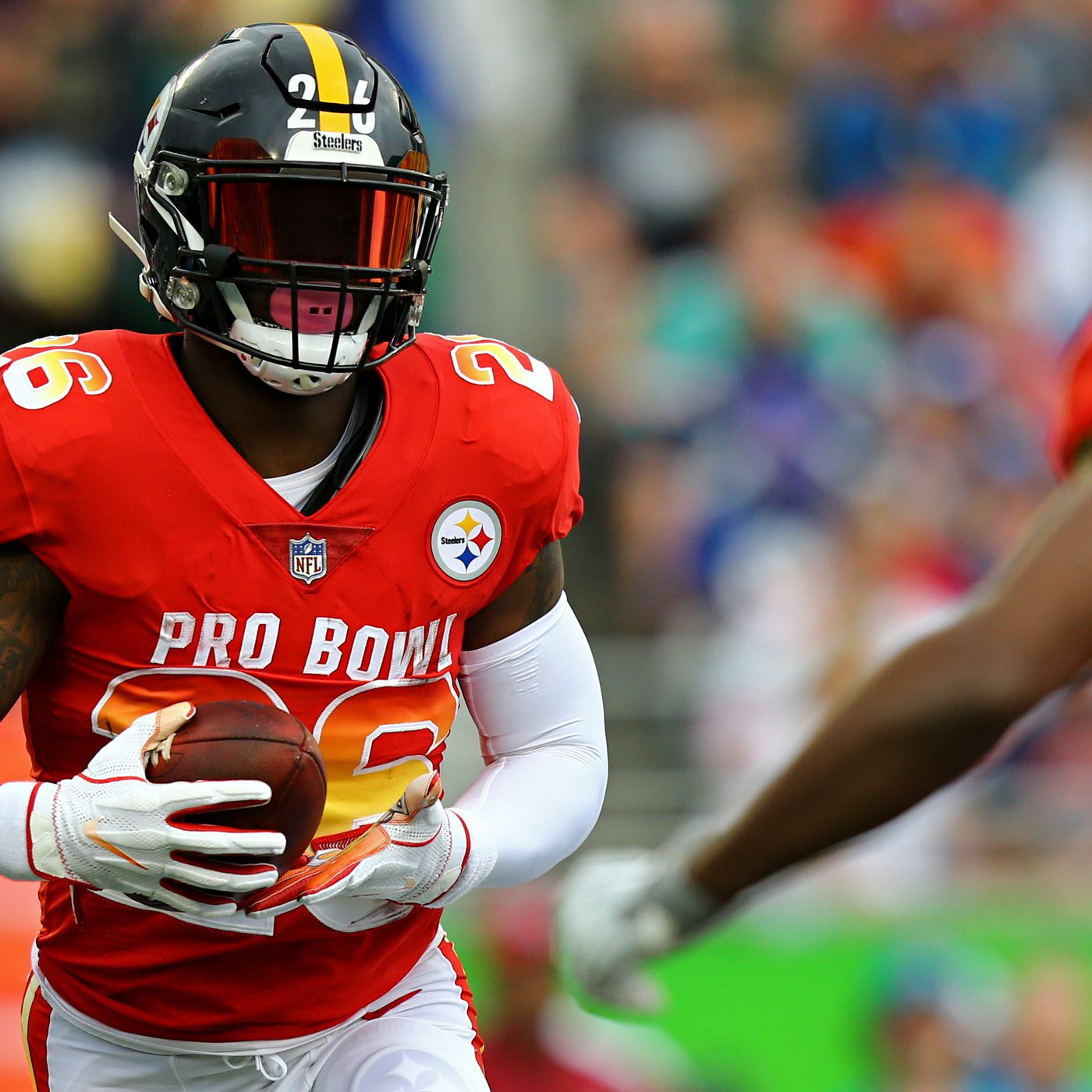 Breaking: Le'Veon Bell reportedly signing with New York Jets