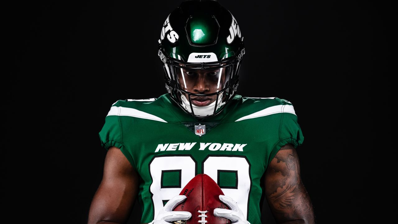 The Best Photos of the New Jets Uniforms