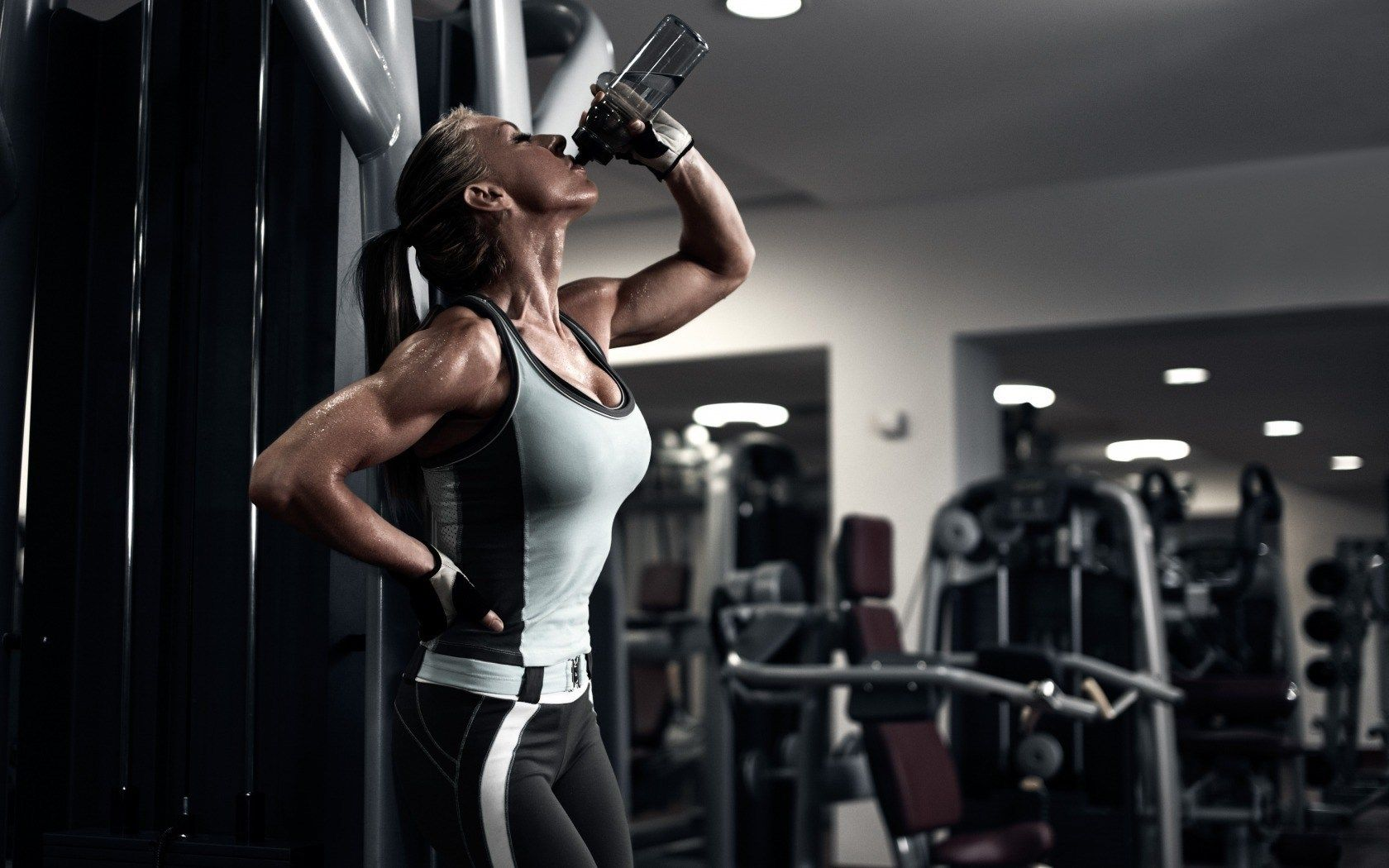 Fitness Girl Computer Wallpapers HD 61771 1680x1050 px