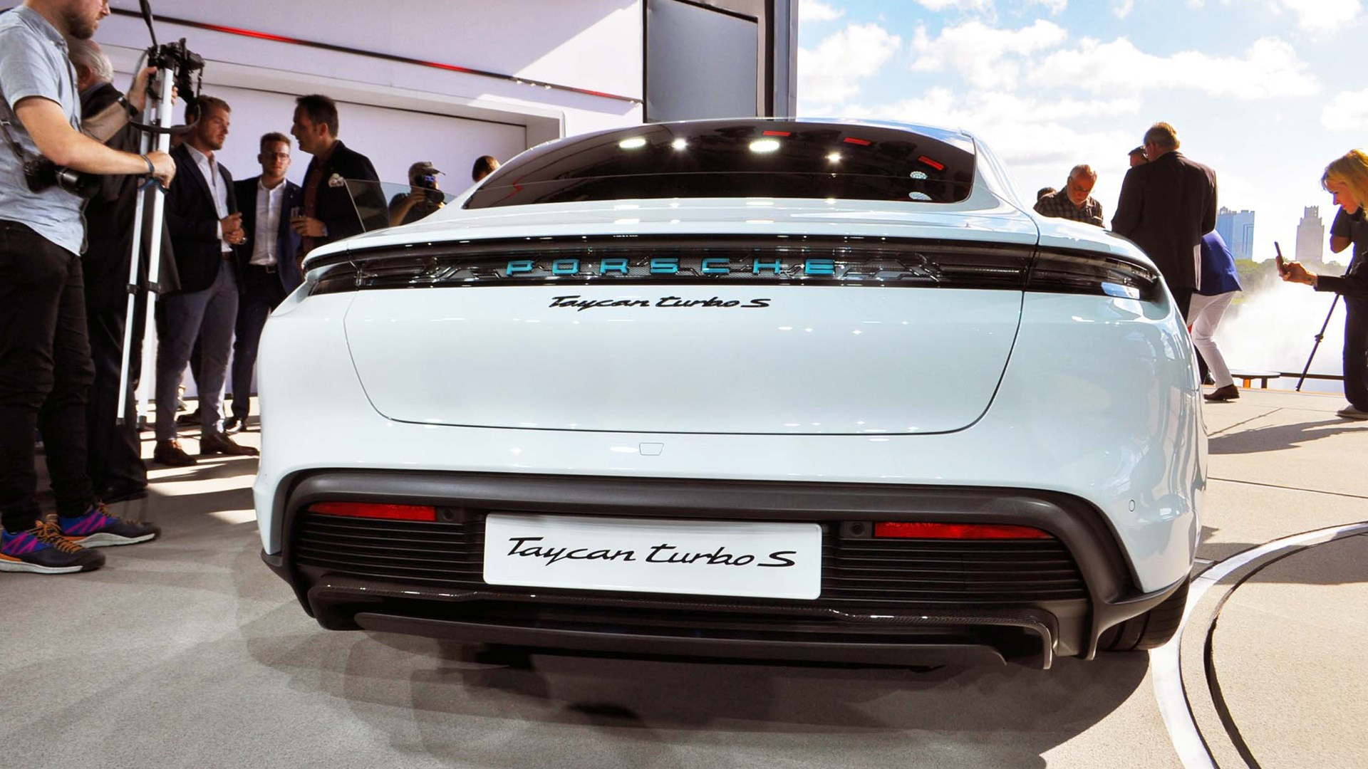 2020 Porsche Taycan Preview