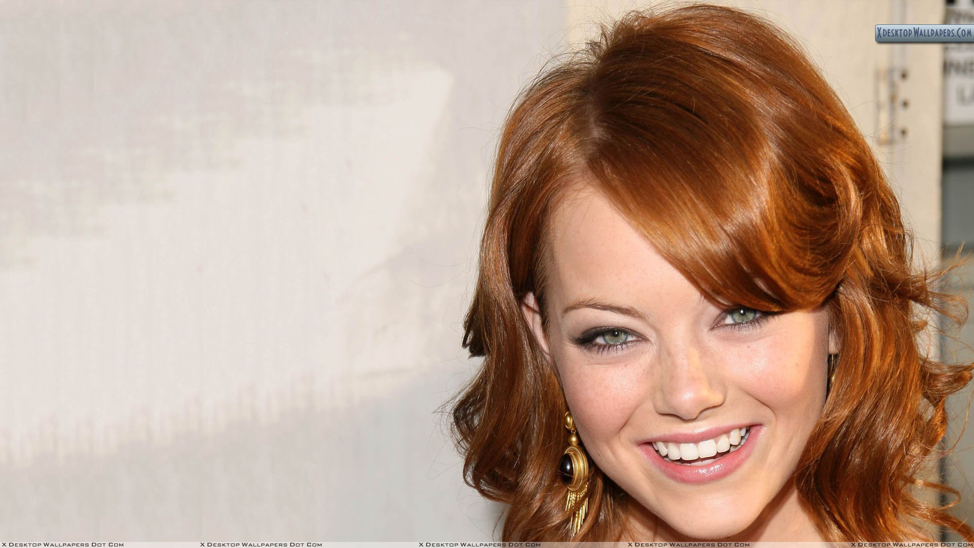 Emma Stone Smiling Pink Lips And Cute Eyes Wallpapers