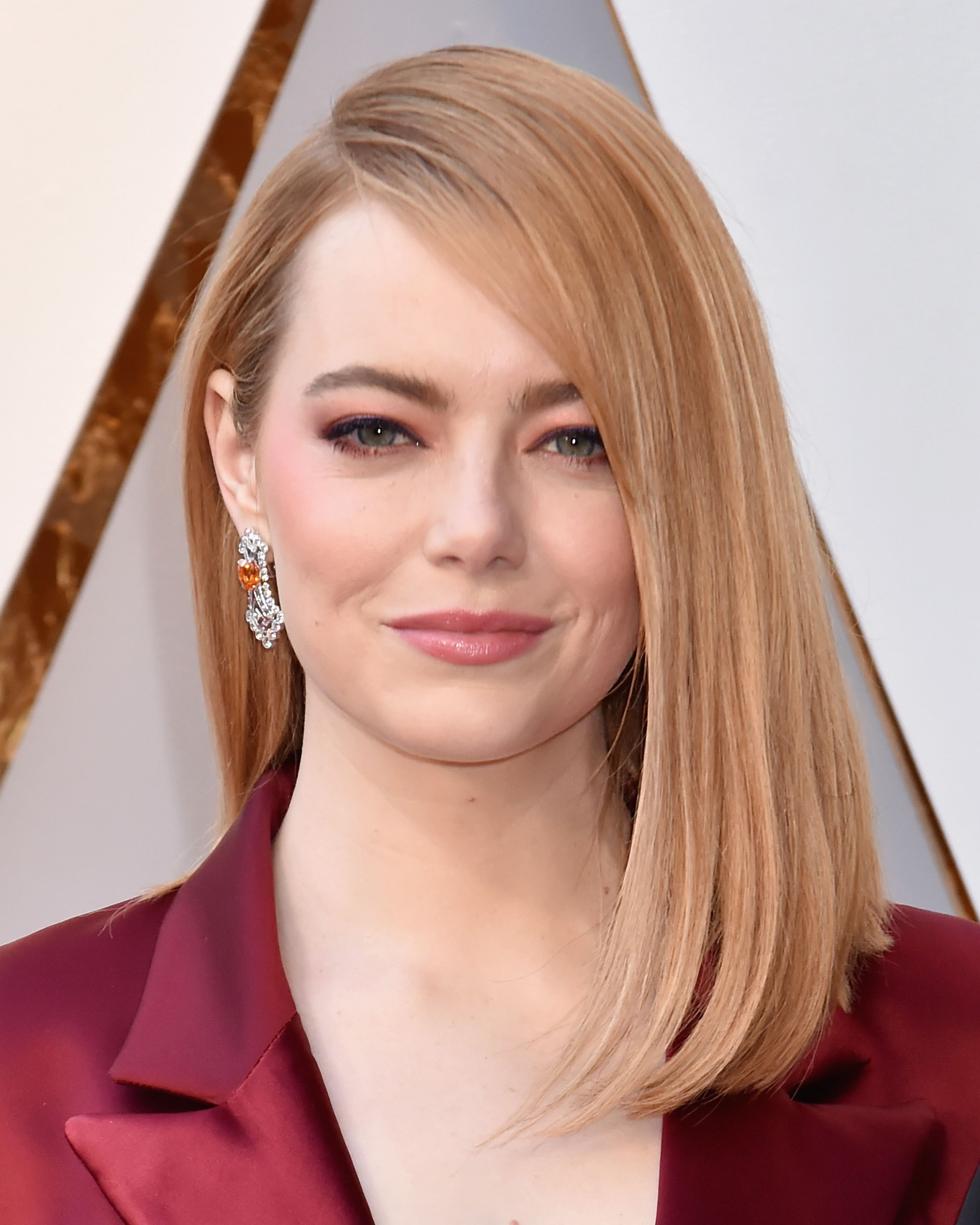 Emma Stone HD Image, Biography, Movies, Photos & Songs