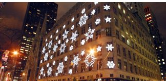 Saks 5th Avenue New York Wallpapers.jpg