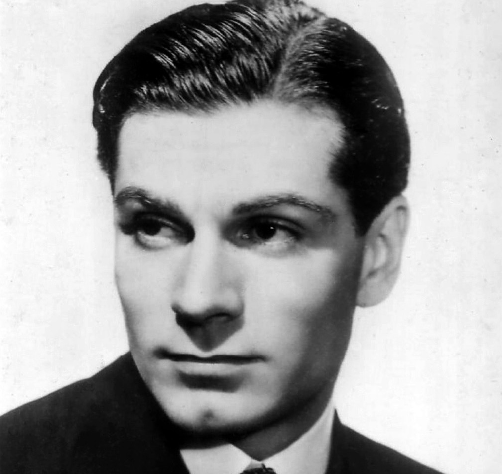 The Studio Exec SIR EDWIN FLUFFER REMEMBERS LAURENCE OLIVIER