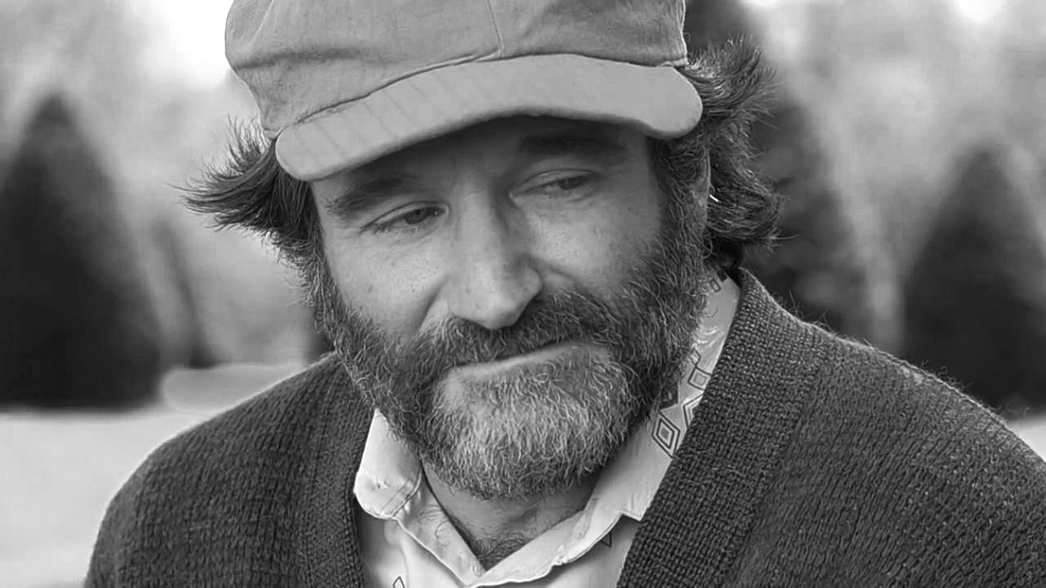 Sad actor Robin Williams wallpapers and image