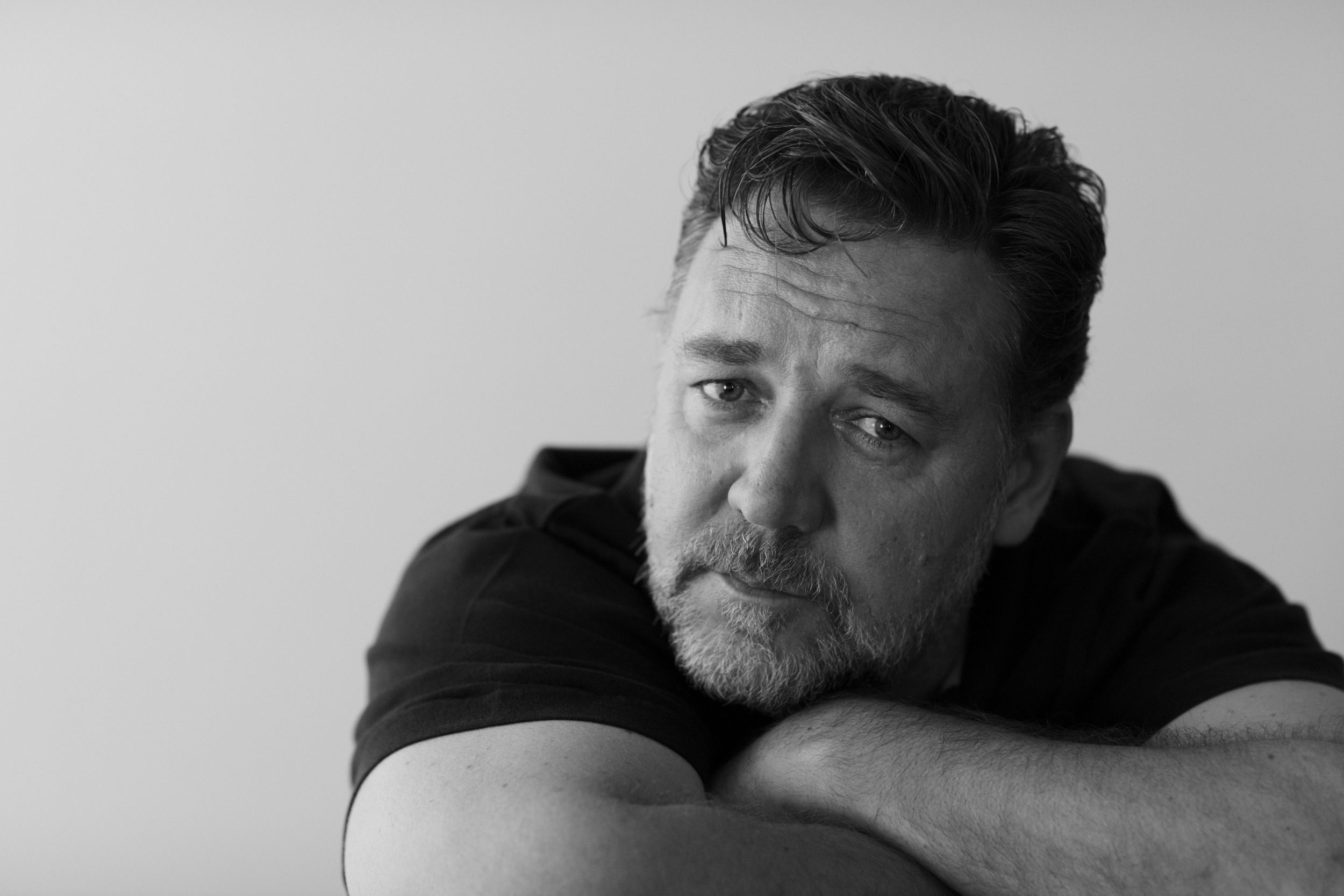 Russell Crowe Wallpapers Image Photos Pictures Backgrounds