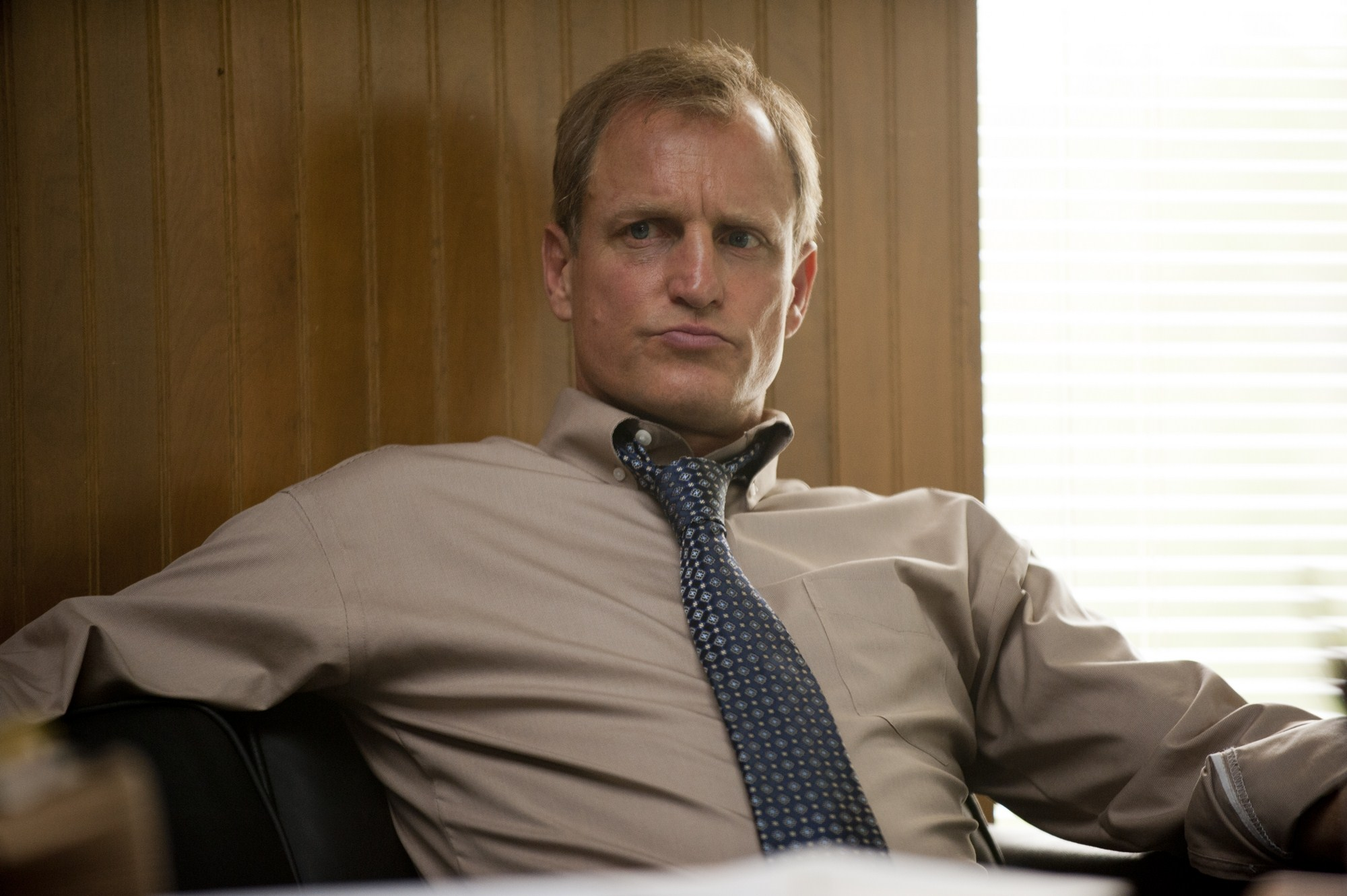 Woody Harrelson Wallpapers 56106 2000x1331px