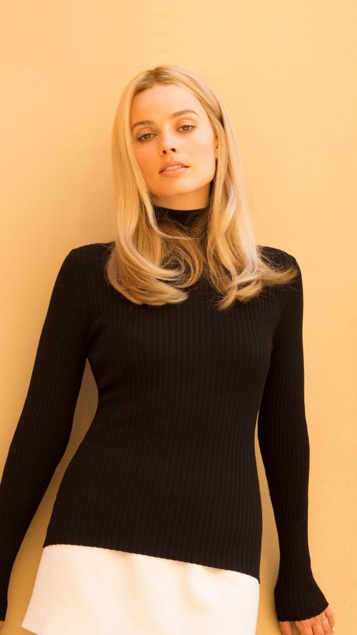 Margot Robbie, Once Upon a Time In Hollywood, 2019 movie, 720x1280