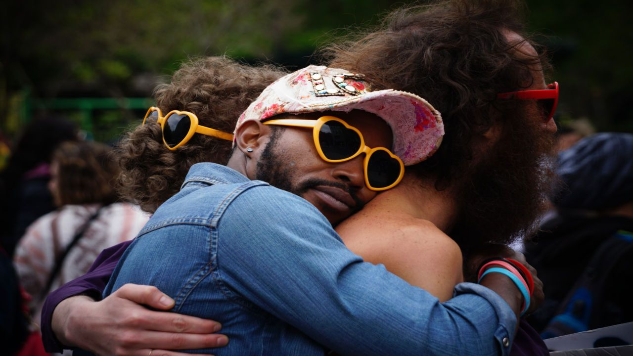 100 Happy Hug Day Image, Pics, Photos, Wallpapers 2019 • Talk in Now