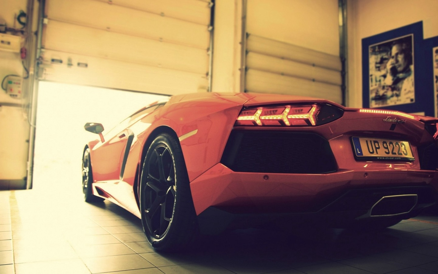 Download wallpapers 1440x900 lamborghini, garage, style widescreen 16