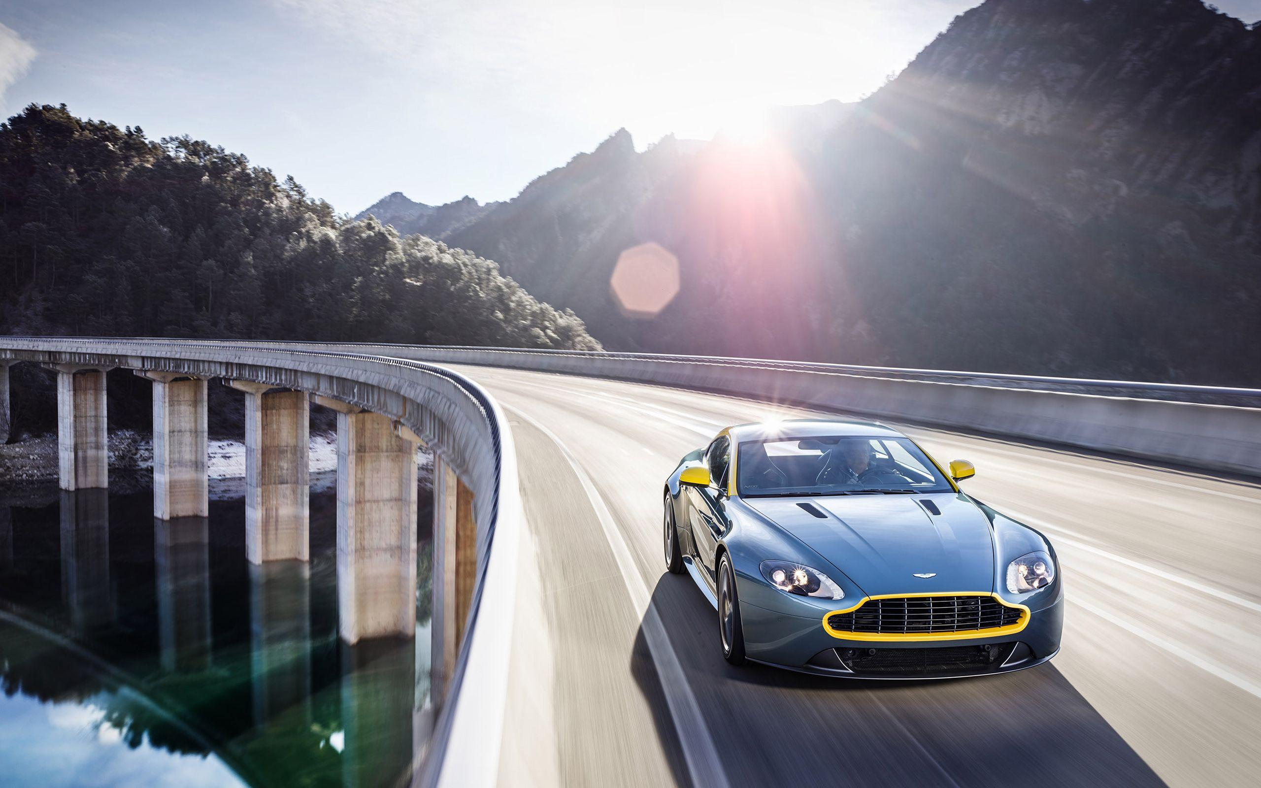 2014 Aston Martin V8 Vantage N430 4 Wallpapers
