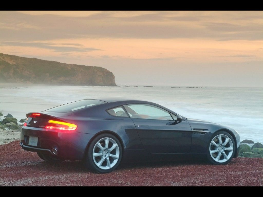 Aston Martin V8 Vantage wallpapers and image