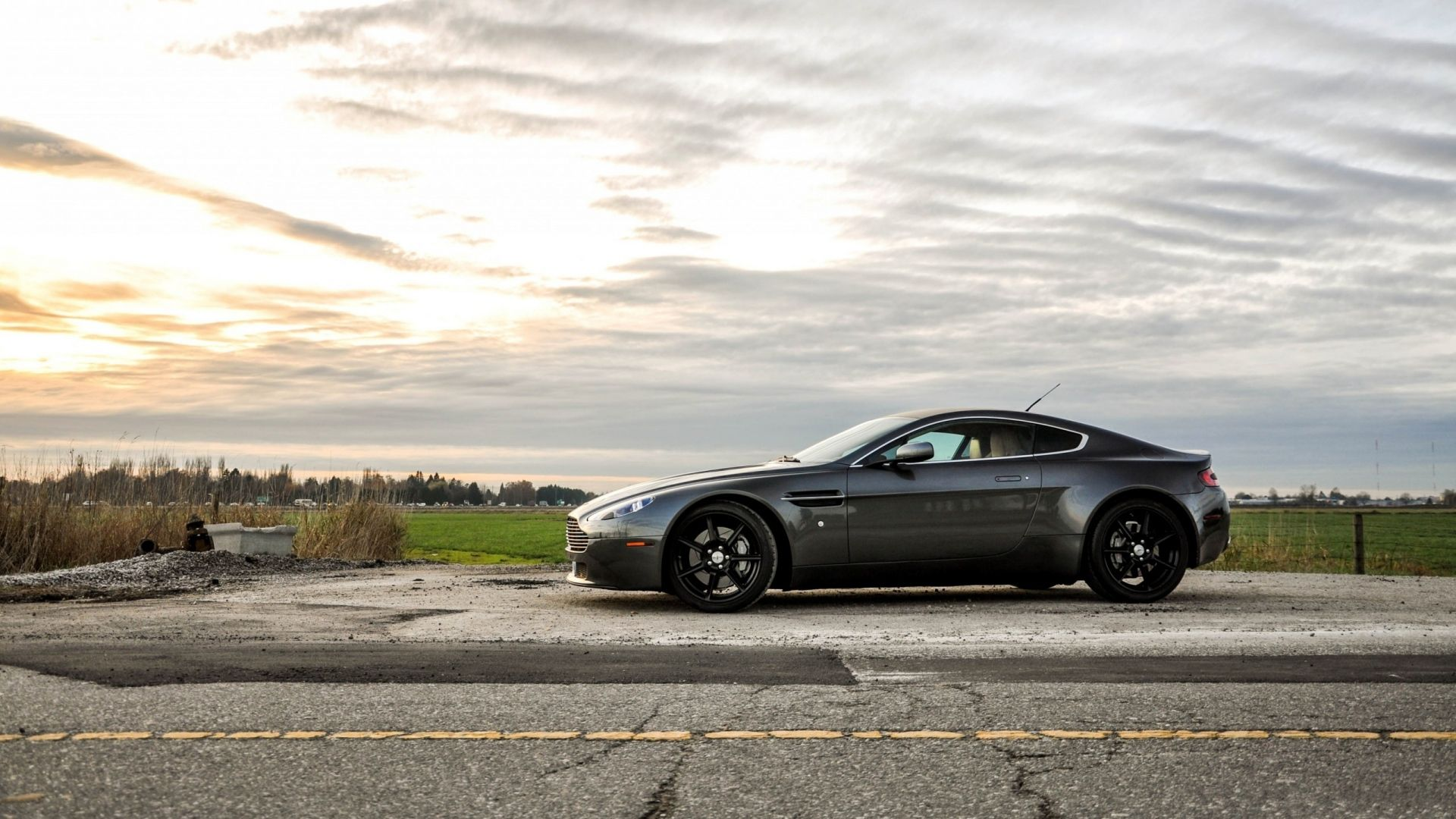 Download Wallpapers 1920x1080 Aston martin, V8, Vantage, Cars